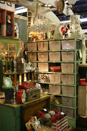 Vintage monticello antiques