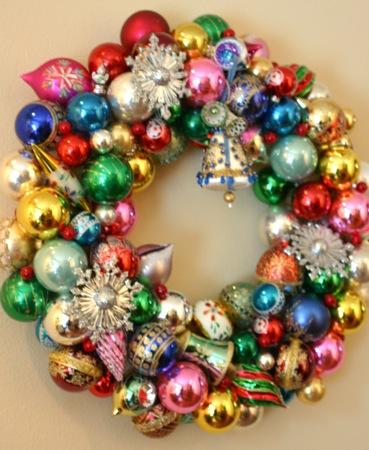 glass ball wreath - Christmas Ball Wreath