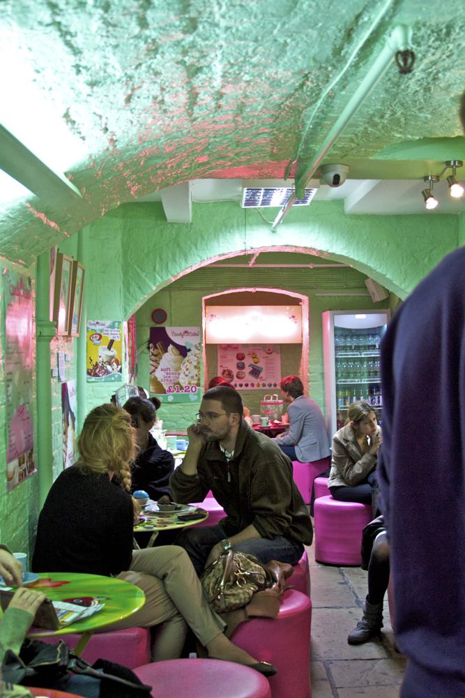 Super cute sweet shop london