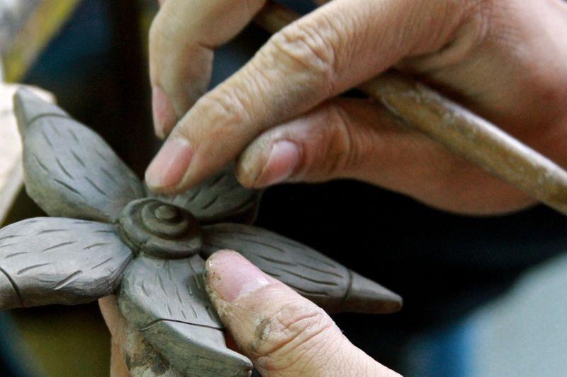 Sculpting artwork