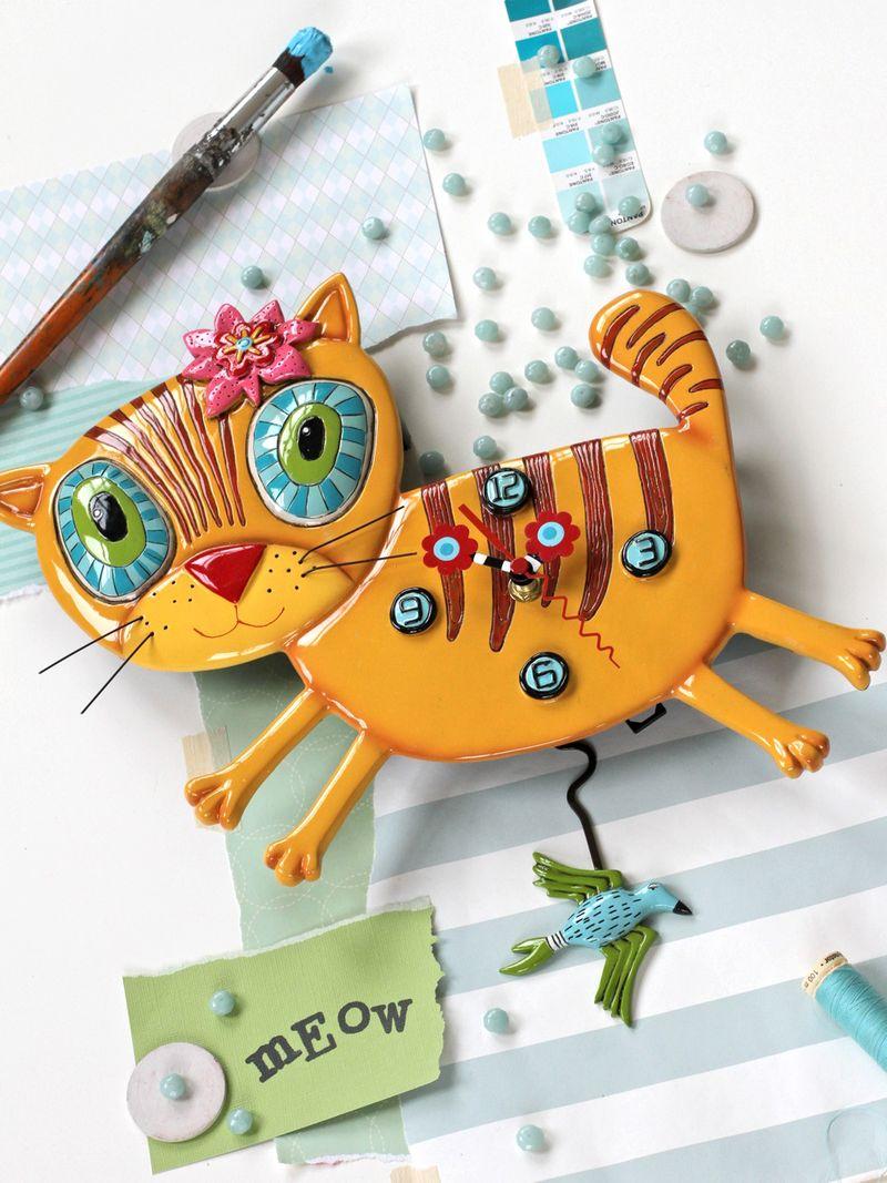 Kitty clock whimsical