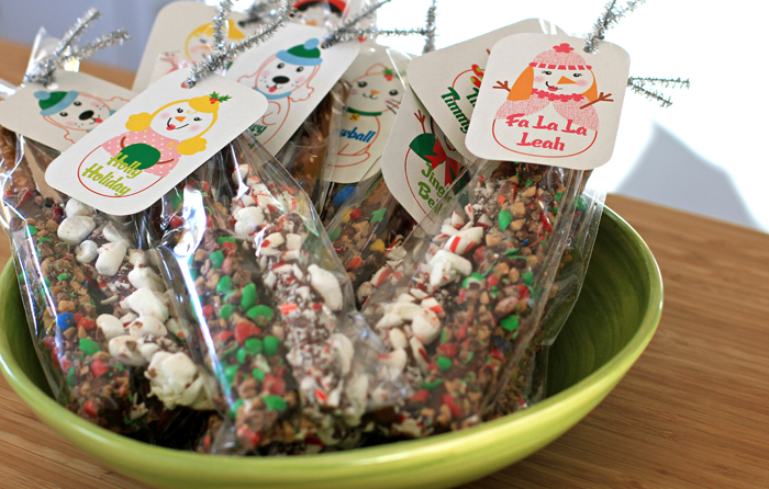 Teacher gift candied pretzels packaging