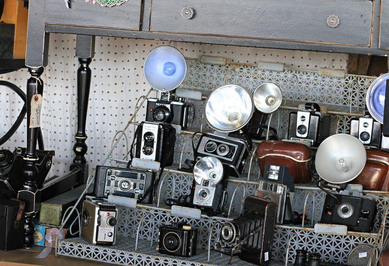 Vintage cameras display junk bonanza