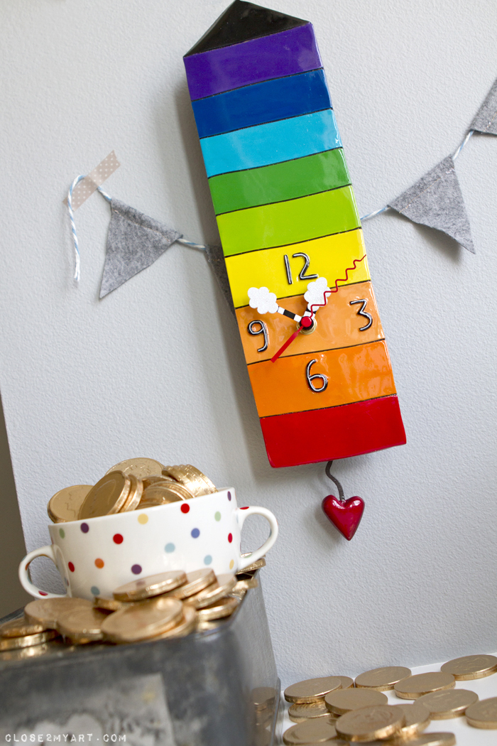 Rainbow house cloud heart clock pendulum